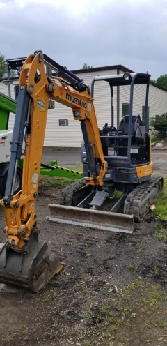 Where to rent EXCAVATOR - MUSTANG 250Z in Old Town ME